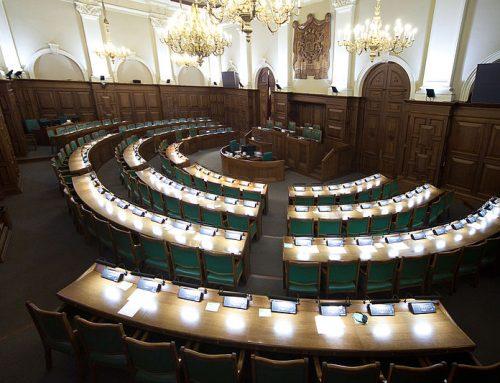 """Lems par iniciatīvas """"Latvijas zeme Latvijas pilsoņiem"""" nodošanu Tautsaimniecības komisijā"""